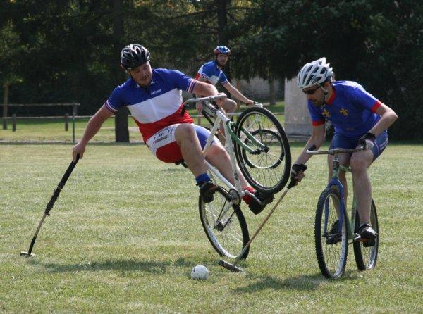 """Résultat de recherche d'images pour """"polo vélo"""""""